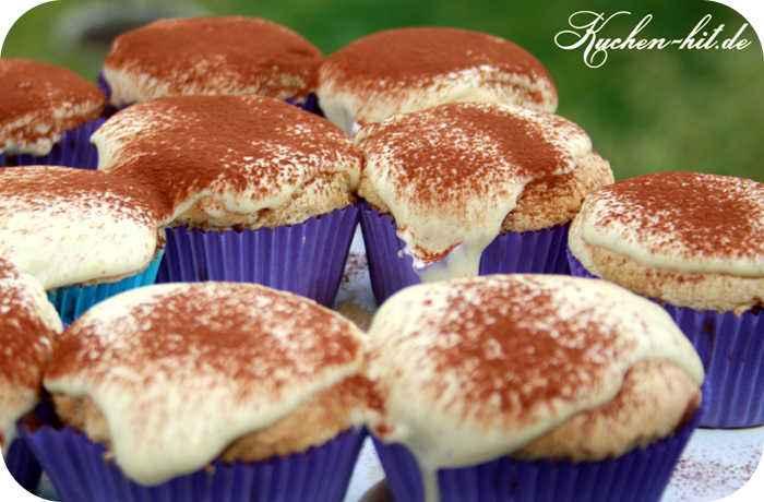 tiramisu cupcakes rezept amaretto cupcakes vanille. Black Bedroom Furniture Sets. Home Design Ideas