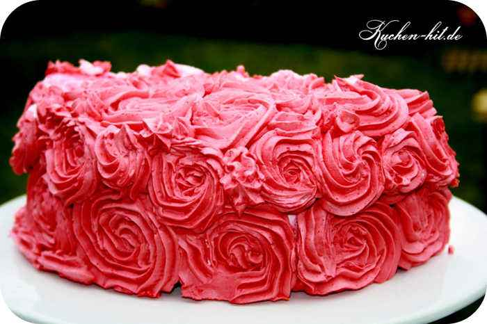 valentinstag torte mit swiss meringue buttercream. Black Bedroom Furniture Sets. Home Design Ideas