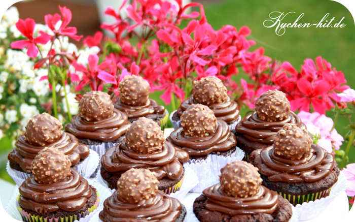 ferrero rocher muffins rezept schokomuffins. Black Bedroom Furniture Sets. Home Design Ideas