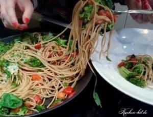 Nudeln-mit-broccoli