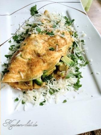 omelett-mit-avocaodo